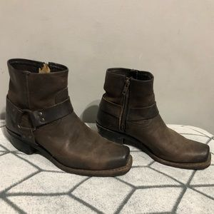 Frye Half Harness Zipper Soletech Vintage Booties